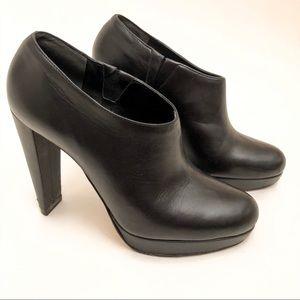 Cole Haan Leather Stilettos in Black EUC 6.5